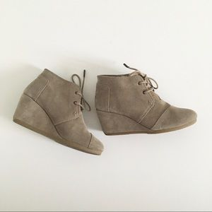 TOMS desert sand ankle booties